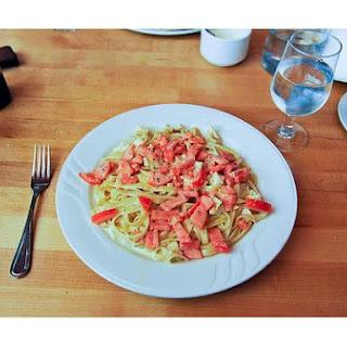 Fettucini Alfredo With Tomatoes