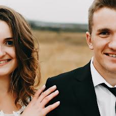 Wedding photographer Karina Ostapenko (karinaostapenko). Photo of 08.10.2019