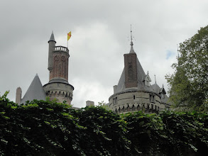 Photo: De torens van het kasteel van Antoing
