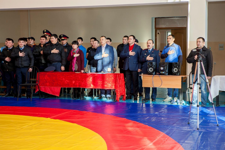 Академия курсанттары арасында самбо күресінен жарыс өткізілді