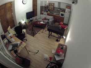 Photo: ¿salón/cocina de casa o estudio de grabación?, viva la polivalencia