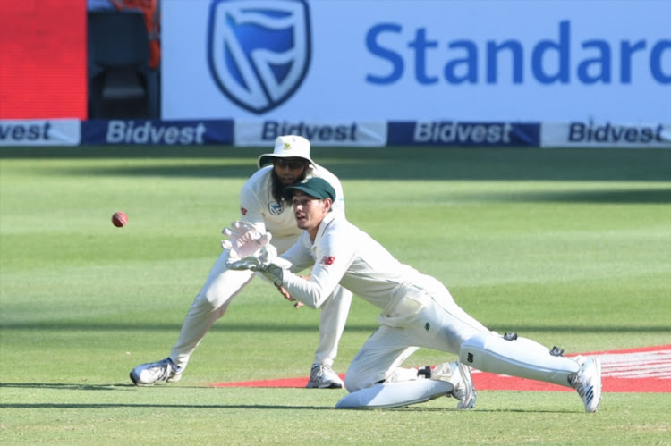 Quinton de Kock of the Proteas take the catch for the wicket of Azhar Ali of Pakistan during day 3 of the 3rd Castle Lager Test match between South Africa and Pakistan at Bidvest Wanderers Stadium on January 13, 2018 in Johannesburg, South Africa.