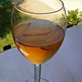 Moscato Peach Sangria