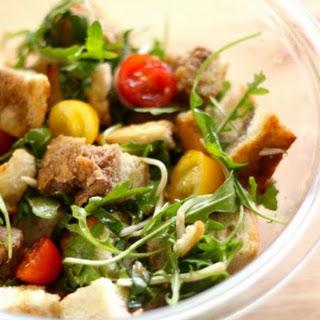 Crave-Worthy Panzanella Salad.