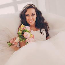 Wedding photographer Ekaterina Pochinalova (Pochinalova). Photo of 05.08.2015