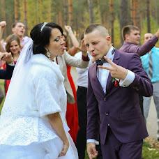 Wedding photographer Katya Martynova (katexom). Photo of 15.06.2015