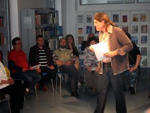 Photo: Branje poezije in kratkih zgodb iz oči v oči v Knjižnici Bena Zupančiča Postojna (Foto Uroš Mlinar)