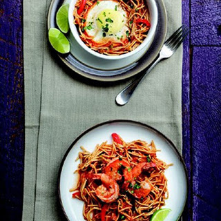 Spanish-Style Fideos with Shrimp or Egg.