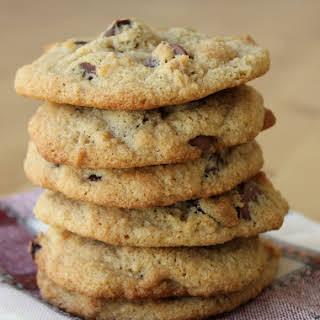 Almond Flour Chocolate Chip Cookies {Grain-Free}.