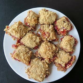 Strawberry Crumb Bars #FillTheCookieJar
