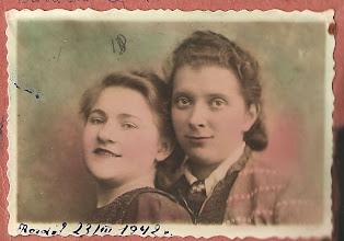 Photo: 14 Od lewej Bronisława Mendocha, Rozdół 23.03.1942