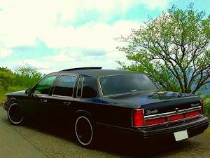 タウンカー  97年式 のカスタム事例画像 97 Lincoln  Town Carさんの2018年03月22日11:31の投稿