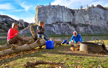 Photo: Photo by TRB - Thursday around 4 pm, Snack time between afternoon hikes.