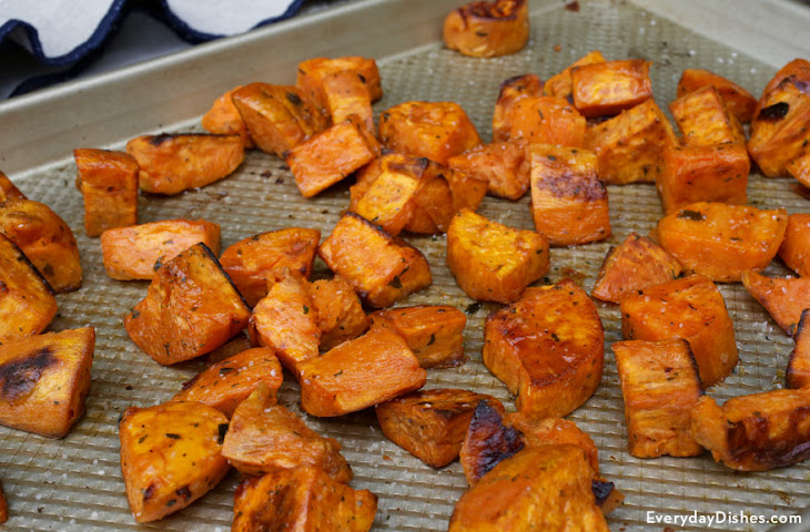 Maple-Roasted Sweet Potatoes Recipe | Yummly
