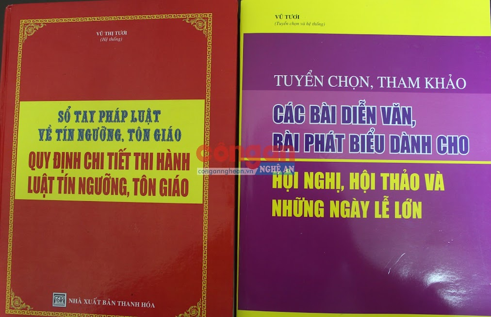 Hai bộ sách vợ chồng Trịnh Văn Điệp, Hồ Thị Huê lừa bán