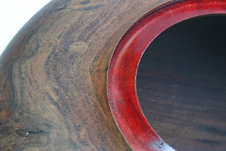 "Photo: I'll bet you didn't notice the color on that ""Golden-Mean"" hollow form rim!"