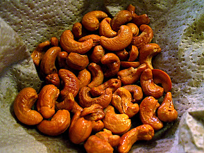 Photo: fried cashews for catfish salad