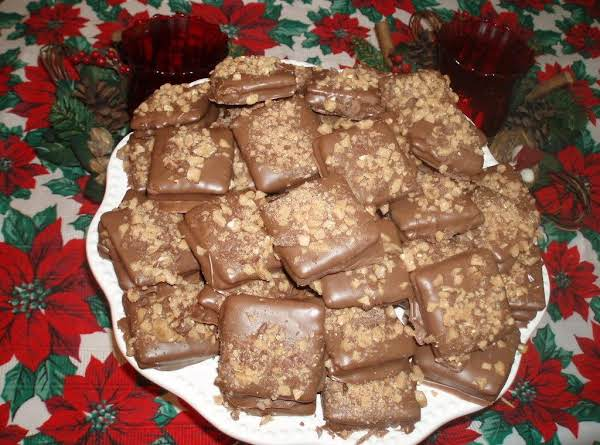 Wow Your Family With This Yummy Butterfinger Cookie~~~~  Or As My Family Calls It Candy.