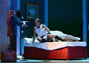Photo: Wien/ Theater in der Josefstadt: DER GOCKEL von Georges Feydeau. Inszenierung: Josef E. Köpplinger. Premiere 19.11.2015. Martin Zauner, Michael Dangl. Copyright: Barbara Zeininger