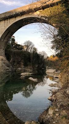Cornici: il ponte e il suo riflesso di alessiag2473