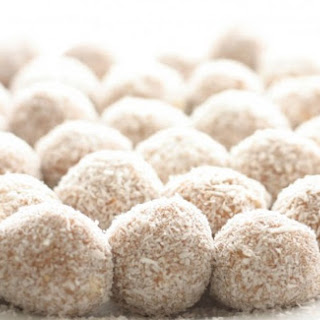 No-Bake Sunflower Seed Butter & Coconut Balls