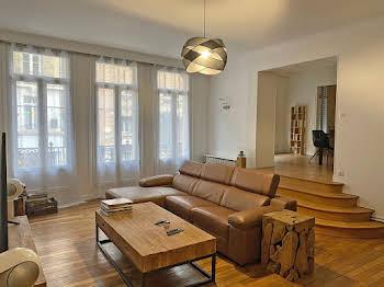 Appartement 6 pièces 153,26 m2