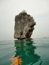 Photo: Остров Джеймса Бонда (Тапу)