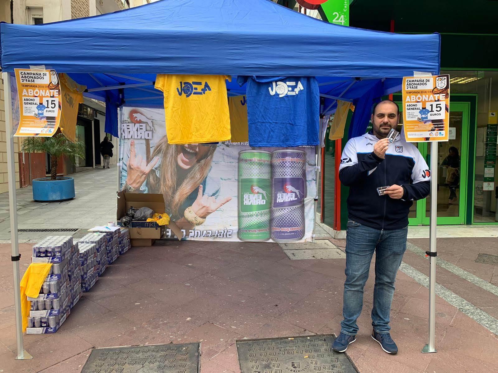 Campaña de socios de UDEA, hoy viernes en la Calle Ancha