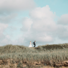 Wedding photographer Anette Bruzan (bruzan). Photo of 28.08.2017