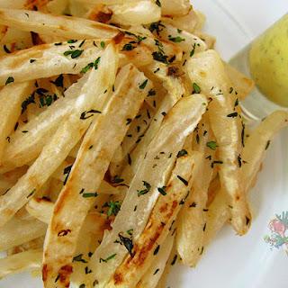 Daikon Fries w. Thyme Mustard Dipping Sauce
