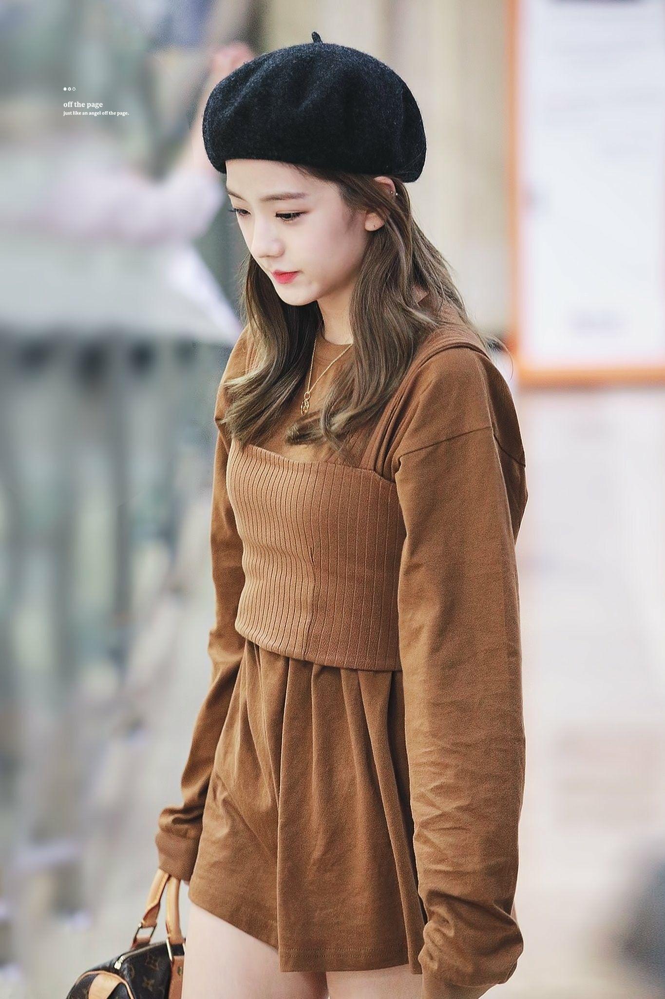 blackpinkrainbow_brown_jisoo