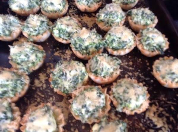 Ricotta Spinach Mini Phyllo Cups Recipe