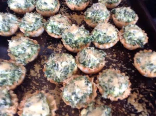 Ricotta Spinach Mini Phyllo Cups