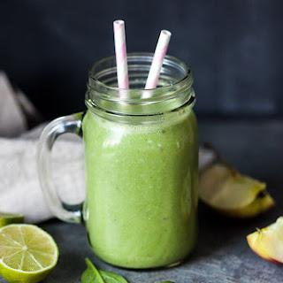 Detox Spinach Green Smoothie.