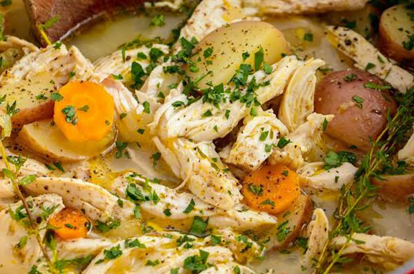 Comfort Essentials: Yummy Chicken Soup/stew Recipe