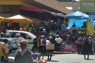 Photo: A small corner of the Cañar market