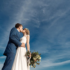 Wedding photographer Ilya Novickiy (axmen). Photo of 04.12.2017
