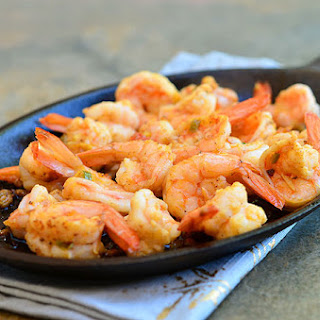 Gambas al Ajillo (Shrimp with Garlic)