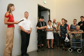 Photo: Vernissage zur 3. Lokalen Kunstmesse in Naumburg mit einigen Worten von Doreen Wolff, Foto: Steffen Grams