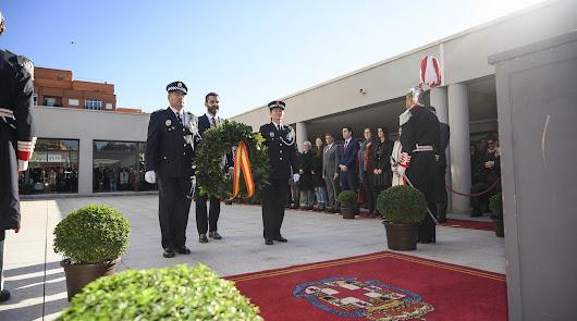 La Policía Local de Almería celebra San Esteban y la mejora de su plantilla