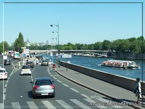 Photo: Vistas del Sena. París. www.viajesenfamilia.it
