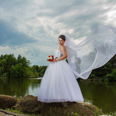 Wedding photographer Konstantin Olegovich (QUWERTY). Photo of 14.07.2014