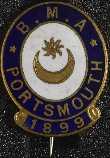 Gilt and enamelled brooch, commemorated the Congre