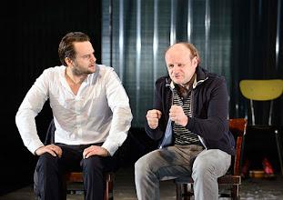 Photo: IM REICH DER TIERE von Roland Schimmelpfennig. Inszenierung: Roland Schimmelpfennig. Premiere 28. 2.2015. Phillip Hauss, Oliver Stokowski. Copyright: Barbara Zeininger