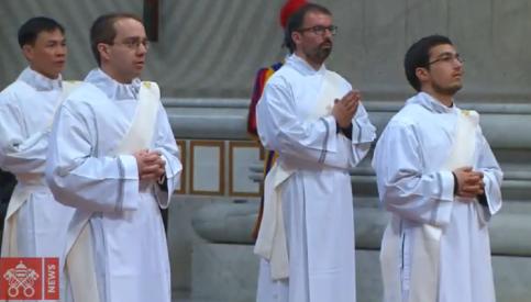 Đức Thánh Cha Phanxico truyền chức 16 Tân Linh mục