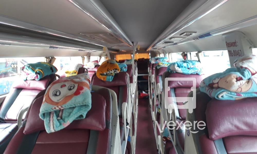 Nội thất xe Linh Ý Chí đi Tuy Hòa từ Sài Gòn