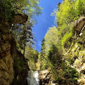 Siriu by Panait Sorin - Nature Up Close Water ( montains, water, siriu )