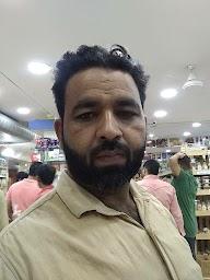 Puran's Superstore photo 12