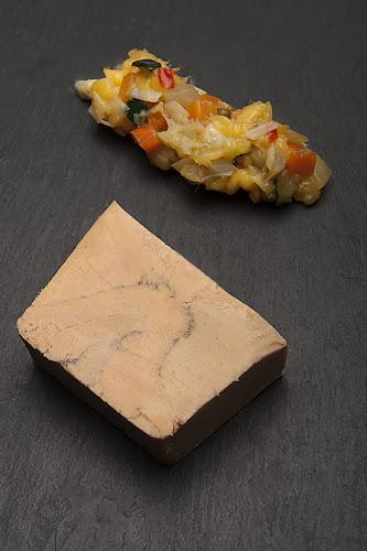 Photo d'une assiette de foie gras du restaurant à Pontoise L'arbre Blanc