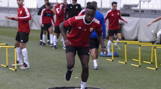 Arwin Appiah ha entrenado con el grupo.